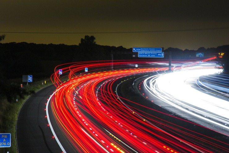 traffic-332857_1920.jpg
